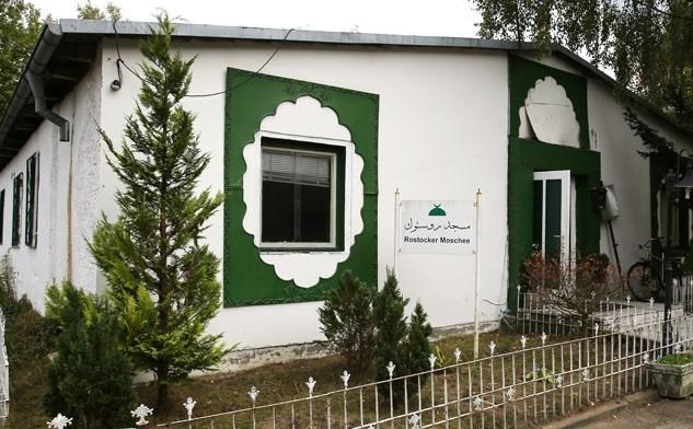 """RÜCKSCHAU: """"Tee in der Moschee"""" – Besuch der Rostocker Moschee (16.12.2012)"""
