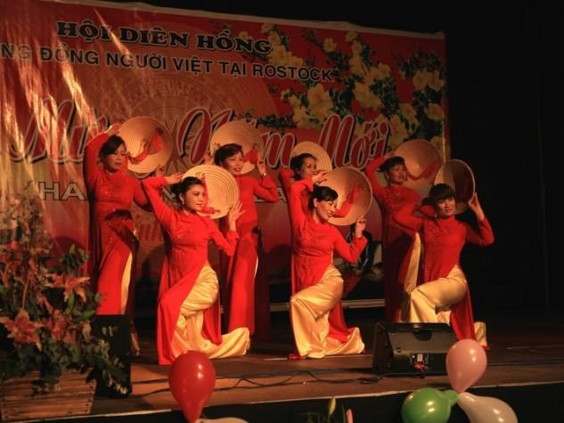 Têt-Fest am 31. Januar: Jahr des Affen bunt eingeläutet