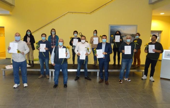 Übergabe der Zertifikate an die Kulturmittler*innen